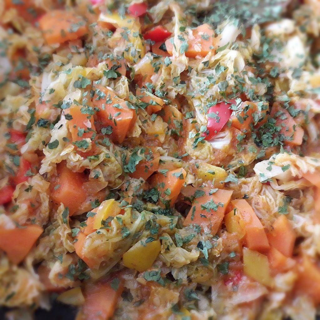 chou sauté carottes poivron épices